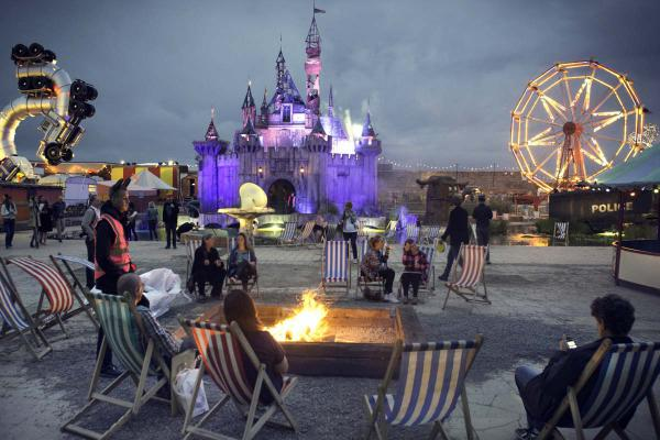 Banksy - Dismaland & Others - Fotografien von Barry Cawston