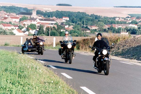 Motorrad Fahren Ausgangssperre